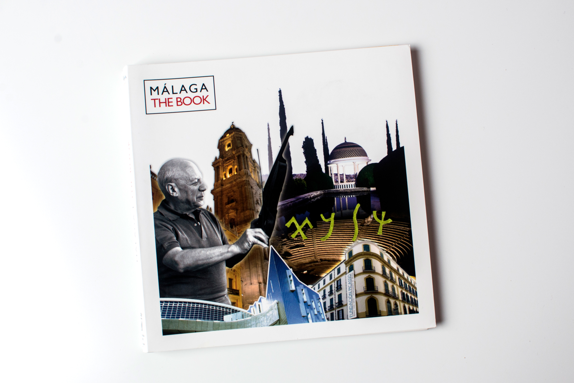 Málaga the book Editorial Fans Marketing MÁLAGA